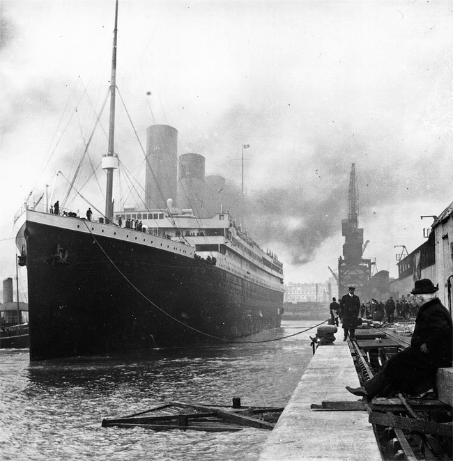 Titanic at the docks of Southampton, 1912 (Wikimedia Commons)